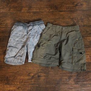 Boys bundle of shorts Columbia & Dinosaur 5/6. GUC